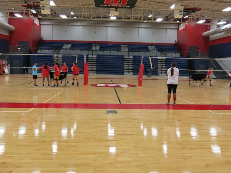 Bob Jones Volleyball Team: Spiking into the New Season