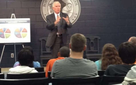 Mo Brooks Visits Bob Jones