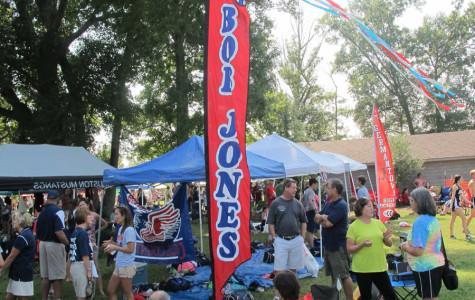 The Bob Jones cross country team's flag and tent