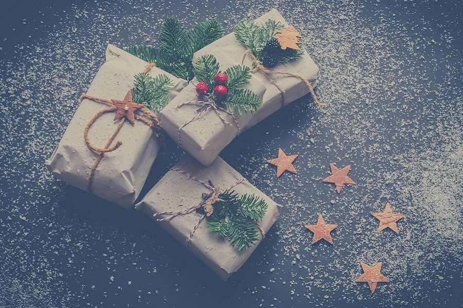 Christmas+Presents+with+Meaning