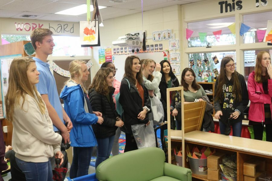 Education and Training Students Tour UNA